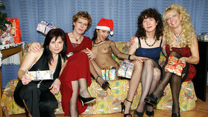 A very dirty old and teenie lesbian Christmas