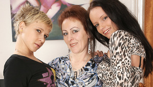 Three old and young lesbians pee and have fun